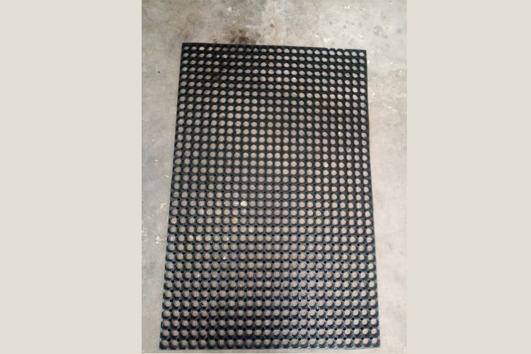 Hollow Mats Suppliers